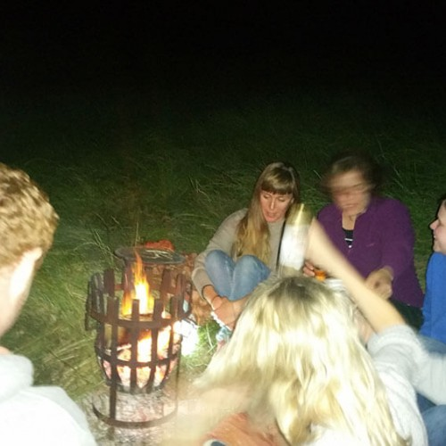 Fire pit relaxation & drinks